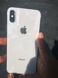 iPhone X (64gb $460 256gb $500) *All carrier supported