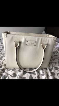 Authentic kate spade Quinn Wellesley Cream Leather Tote Richmond, V7A 1H2