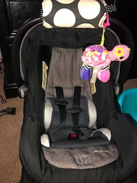 Car seat with free baby buster seat Reston, 20190