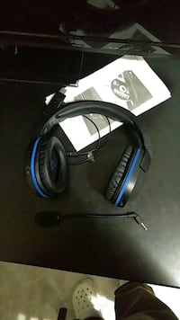 auricolare nero e blu Turtle Beach con filo Messina, 98121