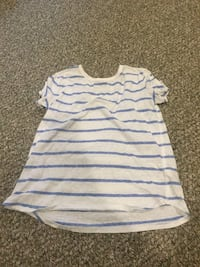 white and blue striped crew-neck t-shirt Kitchener, N2K 4J6