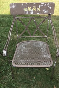 Outdoor metal chairs sturdy (4 total) Frederick