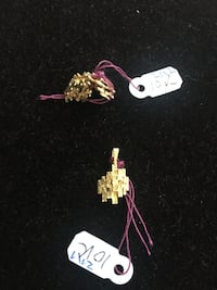 10k real gold nugget earrings with matching pendant Toronto, M2R 3N1