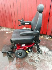 Electric power chair j6 pride in Excellent cond 2402 mi