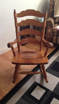 Brown wooden rocking chair with brown cushion Fairmont, 26554