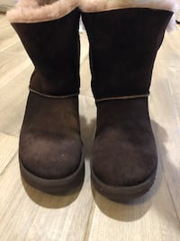 UGG boots size 8 Buford, 30518