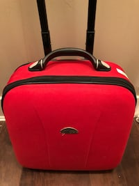 Mini luggage Surrey, V3S 6V7