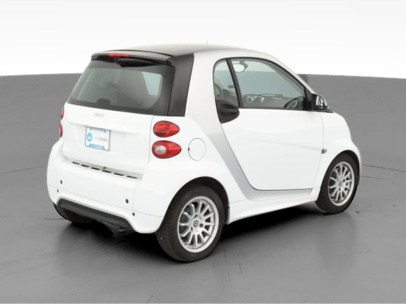 2013 smart fortwo coupe Pure Hatchback Coupe 2D White  6552b807-f8d5-4802-9729-1c605ddb49c5