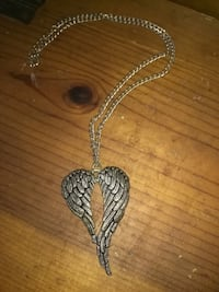 silver-colored heart pendant necklace Ravenswood, 26164