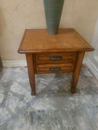 Side table  Palmdale, 93550
