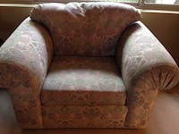 brown and white floral sofa chair Phoenix, 85032