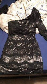 Sequin dress, worn once size L  Temple, 30179
