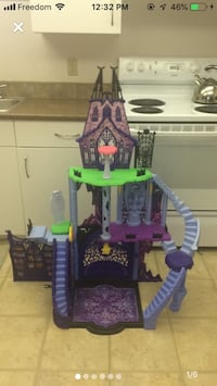Monster high castle