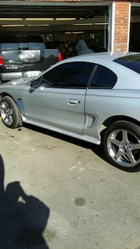 1998 Ford Mustang GT V8 Louisville