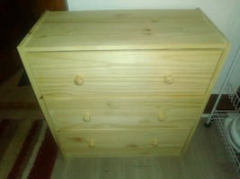 Lightweight wood chest of drawers