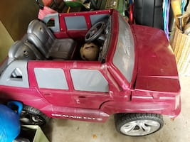 Power Wheels Escalade for Kids- Chester Springs Pa area
