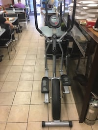 black and gray elliptical trainer Montréal, H2A 1Y9