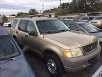 2003 Ford Explorer 8 to choose from CHEAP null