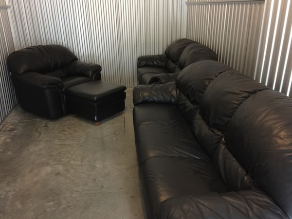 Black sofa , loveseat and single seat with ottoman!!!