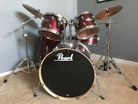 Pearl export series drum set. Only 6 months old.  Paid $800