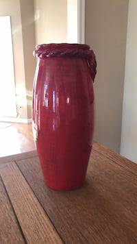 red and white ceramic vase Chesterfield, 63005