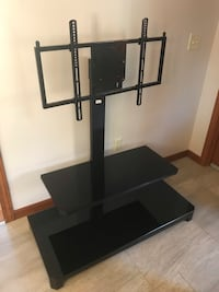 Black metal tv stand with mount Windham, 03087
