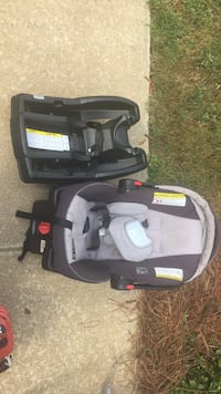 Graco quick connect car seat with 2 bases Phenix City, 36867