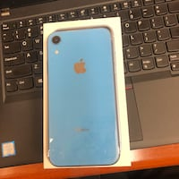 Blue iphone xr 28 mi