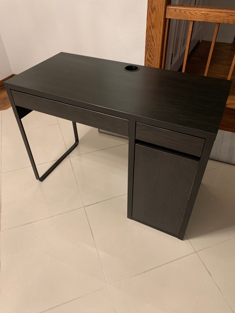 Photo Ikea computer desk (micke)
