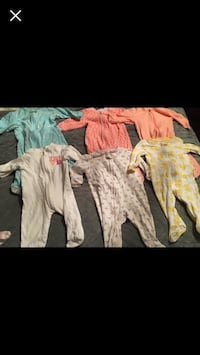 Footed baby pajamas - size 9m Vaughan, L4H 3P6
