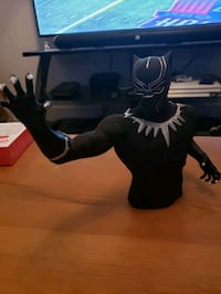 Black panther smaller bust