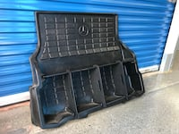 Genuine Mercedes Benz Cargo Liner with Dividers (C-Class) 28 km