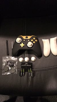 Xbox One Scuff Controller with all parts necessary  Montréal, H9K 1J9