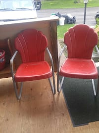 two red plastic armchairs Dillsburg, 17019