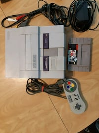 3 Super Nintendo packages with games