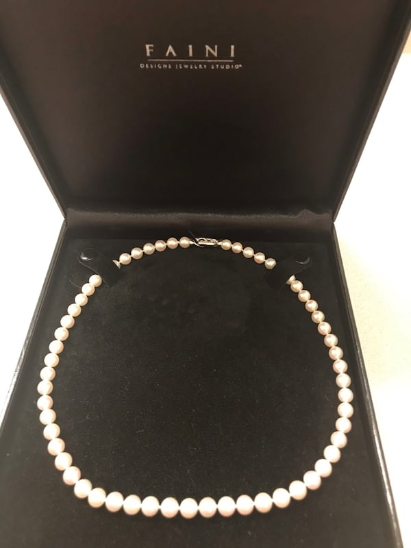"18"" Akoya cultured pearl strand. 3"