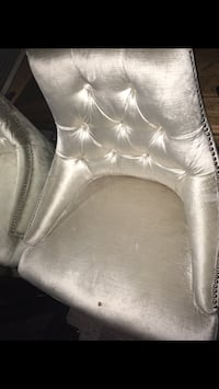 white and gray fabric sofa chair 3166 km