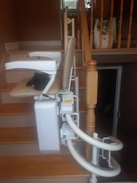 Stairfriend Curved Stairlift by Savaria Montréal