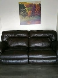 2 man leather sofa Recliner