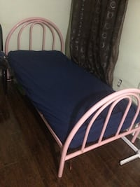 Daybed Mississauga, L4T 1B1