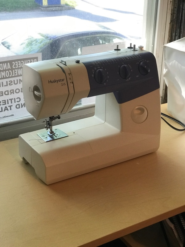 Used Husky Star 40 Sewing Machine For Sale In St Louis Letgo Inspiration Huskystar 215 Sewing Machine Reviews
