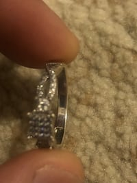 silver and diamond studded ring District Heights, 20747