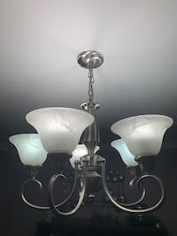 Light fixture. Vaughan, L6A 1J6