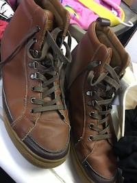 Men's pair of brown leather boots