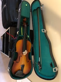 Violin (needs new strings) Mississauga, L5N 6S9