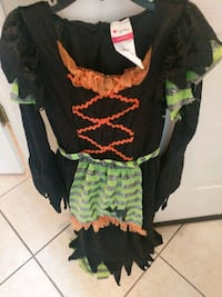 Girls  size 4 to 6 Costume E. Orlando 32829. Orlando, 32829