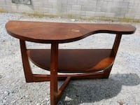 brown wooden round side table Portsmouth, 23707