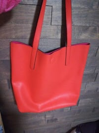 red leather tote bag Levis, G6C 1N6