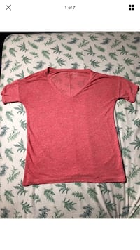 Old Navy Boyfriend Official and Authentic Pink T-Shirt SIZE XS TALL  London, N6G 2Y8