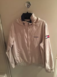 Tommy Hilfiger medium  3750 km